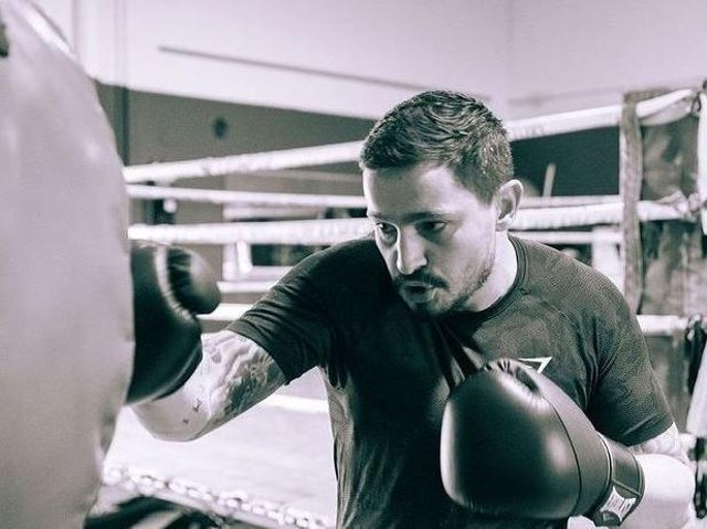 Henry Watkins training in Perth