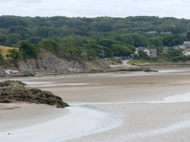 Last year Silverdale experienced major problems due to unusually high numbers of people visiting by car on weekends and Bank Holidays.