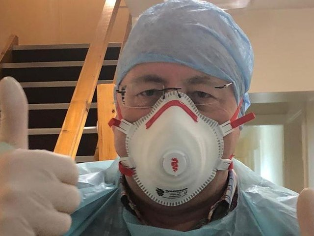 Dr. Mark Turner has been doing home visits during the pandemic