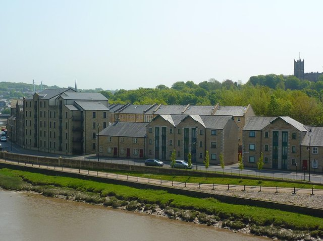 Lancaster Vision are asking the county council to look at the idea of building a new bridge across the River Lune.