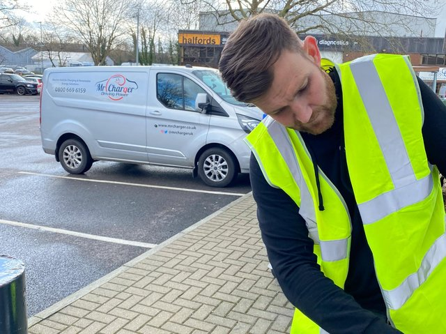 National electric vehicle charge point installers Mr Charger have chosen Lancaster-based Fuuse as the go to management system to power their network of chargers.